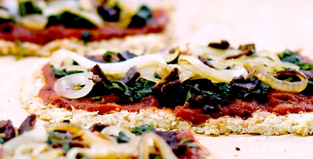 Cauliflower crust_lmichellek2
