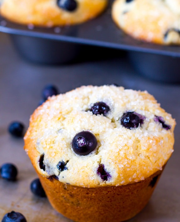 Jumbo-Sparkling-Blueberry-Muffins-5